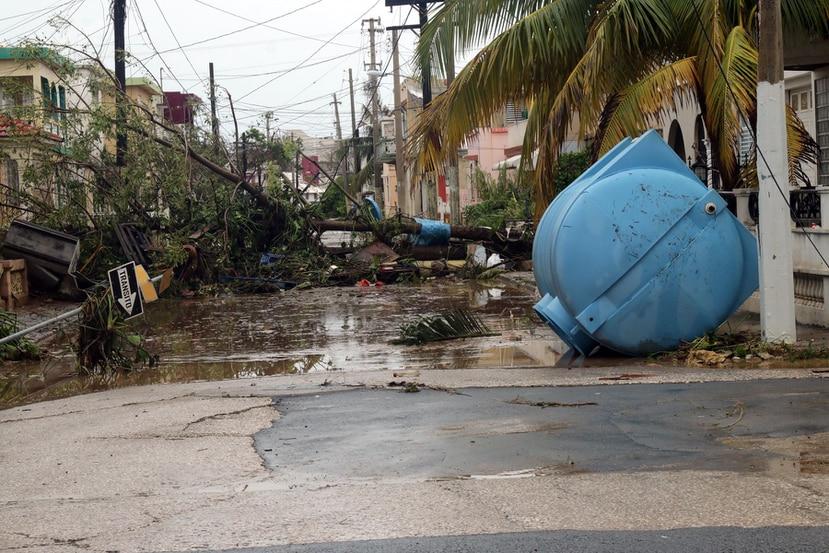 El Departamento de la Vivienda hizo disponibles los primeros $25 millones de un programa de ayuda a Pymes afectadas por el huracán María. En la foto, la destrucción que causó el ciclón al casco urbano de Arecibo el 20 de septiembre de 2017.