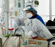 Las hospitalizaciones por COVID-19 aumentan a 461