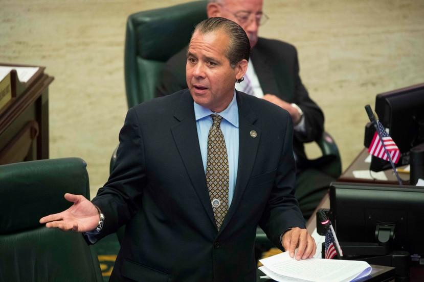 El representante Jorge Navarro.