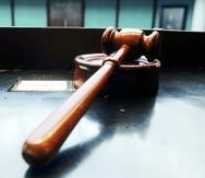 En la actualidad, todo imputado tiene acceso a examinar la evidencia al momento de la vista preliminar luego de finalizado cada interrogatorio directo o en el juicio, de tratarse de un delito menos grave que requiera ir a juicio.