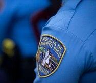 A los oficiales les tomó casi media hora poder desmantelar el pesado portón en acero.