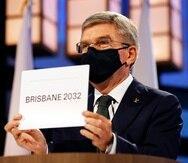 El presidente del COI Thomas Bach anuncia a Brisbane como la sede de los Juegos Olímpicos de 2032 durante la sesión del Comité Olímpico Internacional.