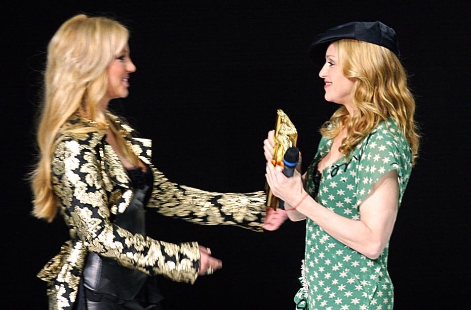 Su relación y admiración por Madonna siempre fue evidente. En enero de 2004, le entregó un reconocimiento en Cannes. Ese mismo año, se casó con un amigo en Las Vegas, pero pidió la anulación del matrimonio porque lo hizo bajo los efectos del alcohol.