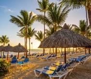 Para el turista que gusta del sol y la playa, y que valora la comodidad y tener todas las amenidades a su alcance, vacacionar en Punta Cana es una opción práctica y asequible. (Shutterstock)