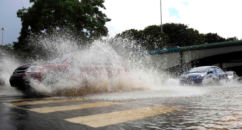 La frecuencia de aguaceros será un poco más lenta que ayer sábado. (GFR MEDIA)