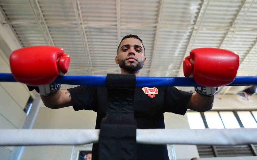 """El boricua Oscar Collazo admitió que no se le hizo """"tan difícil"""" hacer el cambio de aficionado a profesional. (GFR Media)"""