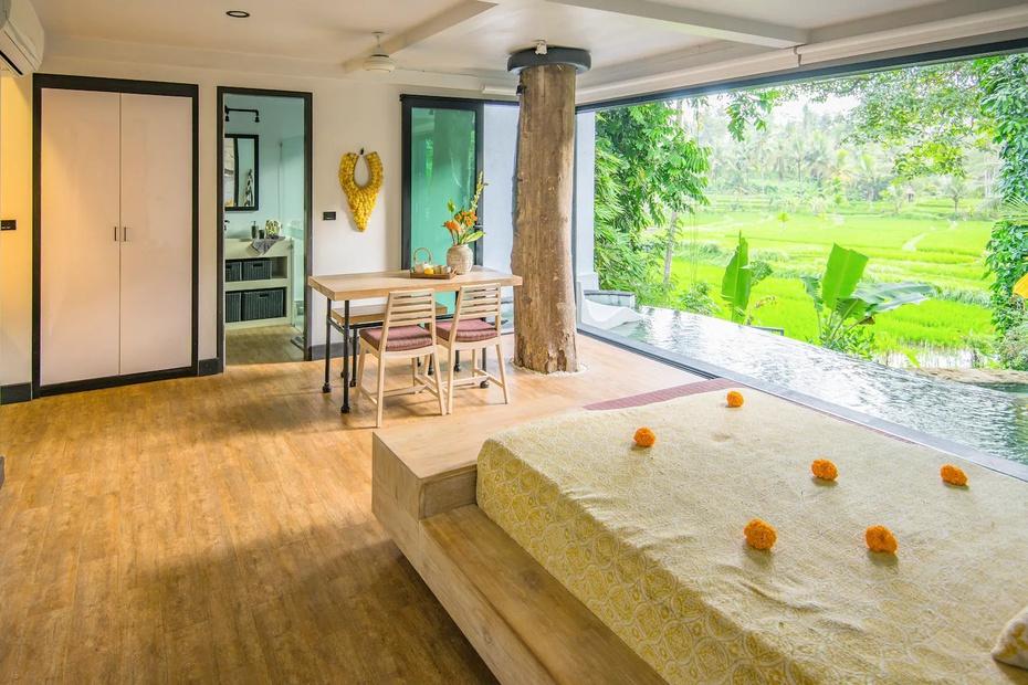 Una casa de árbol en Bali es una de las hospederías a corto plazo con mejor valoración en Airbnb.
