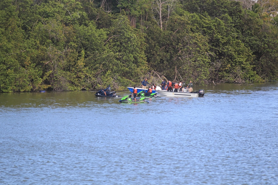 Tras varias horas de su desparición, el cuerpo de una mujer apareció en la laguna San José que discurre bajo el puente Teodoro Moscoso que conecta a San Juan y Carolina.