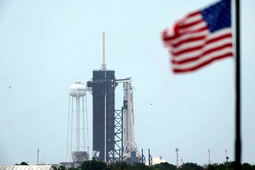 El cohete Falcon 9 de la empresa SpaceX se colocó en la plataforma 39A desde el miércoles de la semana pasada. (AP)