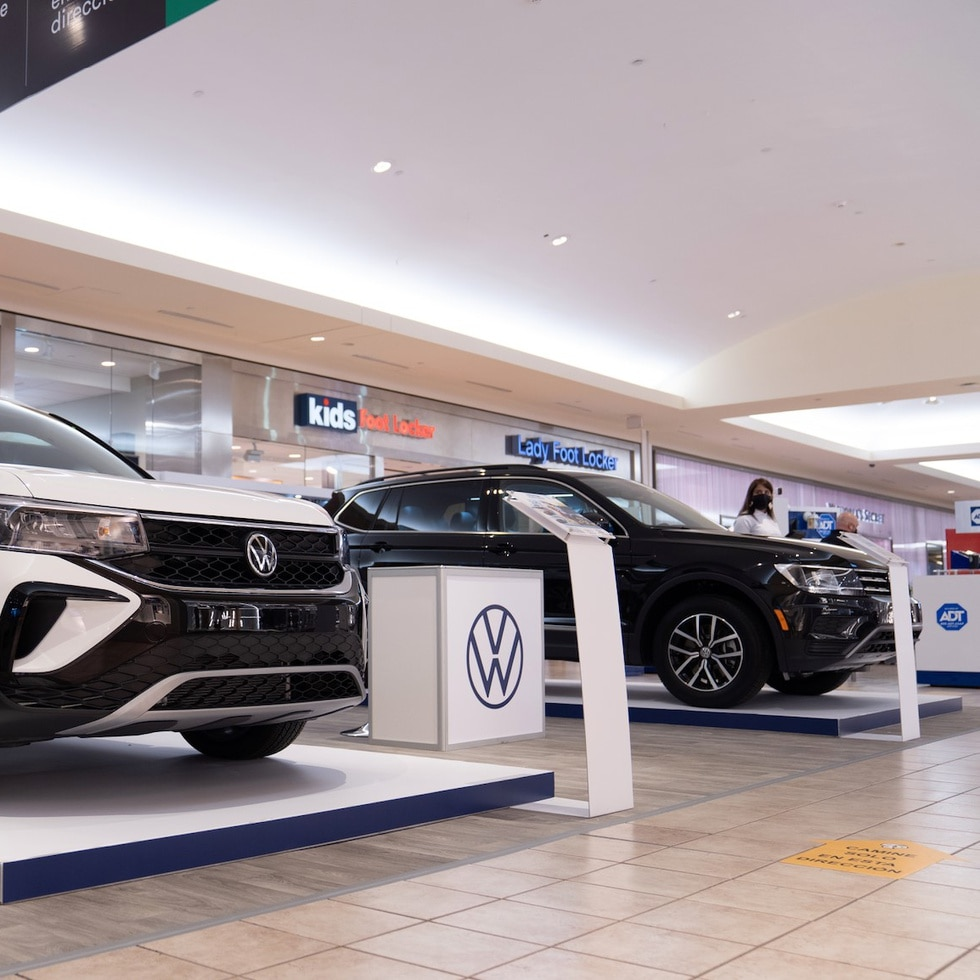 Volkswagen participa del Christmas Car Preview.