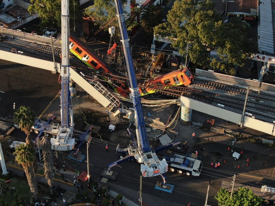 En marzo del año pasado un choque entre dos trenes mató a un pasajero y causó lesiones a 41 personas y en 2015 hubo 12 heridos cuando un tren no frenó a tiempo y se estrelló contra otro en lo que las autoridades calificaron luego de un doble error humano.