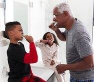 El plan médico debe contar con cunierta dental para mantener la buena salud oral.