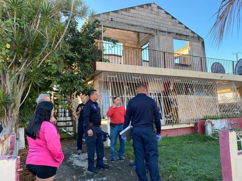 La residencia del hombre que murió en Ponce. (GFR Media)