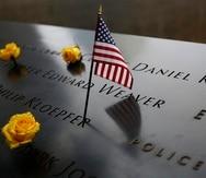 Una bandera de Estados Unidos en el Memorial del 11 de septiembre en Nueva York.