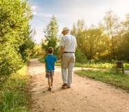MCS Foundation mantiene un fuerte compromiso con el bienestar del adulto mayor.