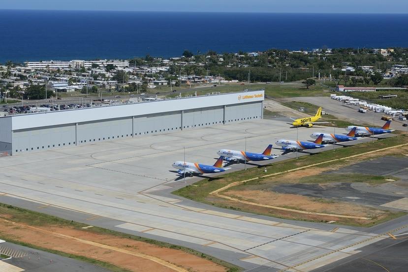 La pista actual en el aeropuerto de Aguadilla fue inicialmente construida y operada por el Cuerpo Aéreo del Ejército de los Estados Unidos a finales de la década de 1930 para dar apoyo durante la Segunda Guerra Mundial.