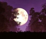 La superluna rosa se caracteriza por ser más brillante.