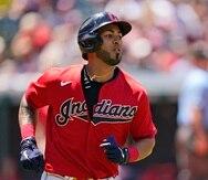 Eddie Rosario fue enviado a los Braves junto a consideraciones económicas, lo que implica que Cleveland pagará parte de su contrato.