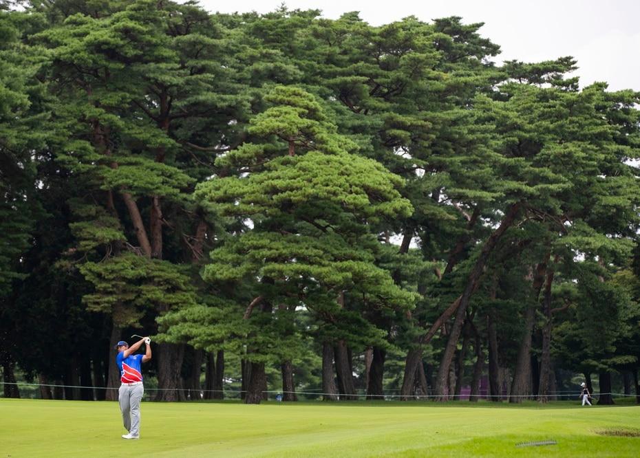 Al regreso, el golfista hizo su único birdie de la ronda en el hoyo 13, pero volvió a caer en dos sobre par con su tercer bogey en el hoyo 17.