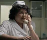 "La actriz Natasha Pérez caracteriza a Yolanda Saldivar en la serie ""Selena"" de Netflix."