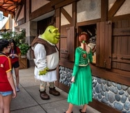 """Los personajes de la película """"Shrek"""" en Universal Orlando."""