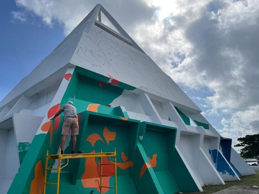 La pirámide tendrá un mural sobre el patrimonio histórico, cultural, social y ambiental de Cataño.