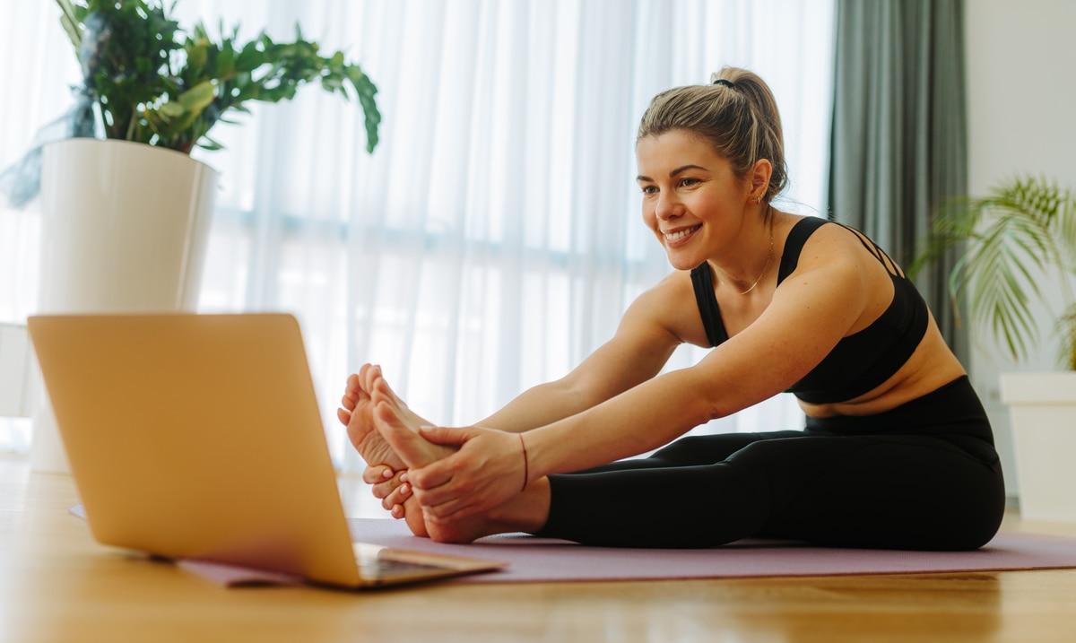 """Según la """"Encuesta mundial de tendencias de fitness para 2021"""", realizada por decimoquinto año consecutivo por el Colegio Americano de Medicina Deportiva (ACSM, por sus siglas en inglés) las diez principales modalidades del fitness reflejan los retos y las..."""