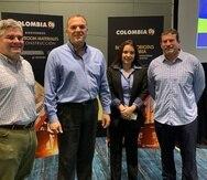De izquierda a derecha, el ingeniero Emilio Colón Zavala; Enrique Stellabatti, director de ProColombia para el Caribe; Dayana Martínez, representante de ProColombia en Puerto Rico; y el presidente de la Asociación de Constructores de Puerto Rico, Alfredo Martínez.