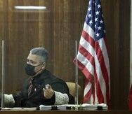 Juez se reserva fallo en demanda de Manuel Natal contra Miguel Romero
