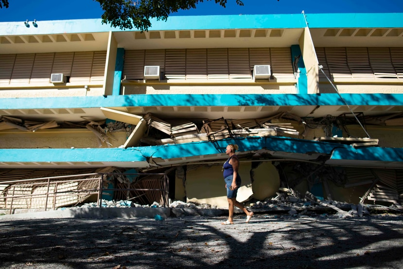 A school structure in Guánica collapsed after the earthquake on Tuesday morning.