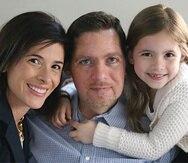 Anthony Senerchia junto a su familia. (Captura / asjfoundation.com)