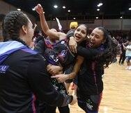 Las Atenienses de Manatí iniciarán este sábado la defensa de su campeonato ante las Cangrejeras de Santurce.