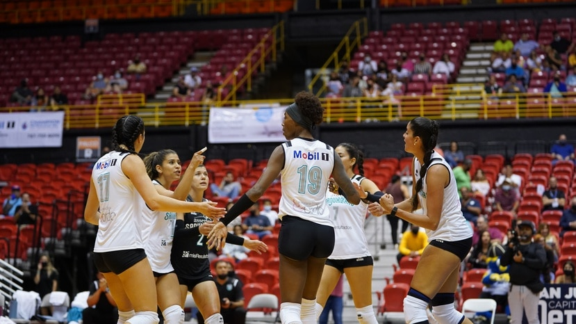 Las Sanjuaneras de la Capital no pudieron competir en la final de la LVSF luego que la Federación Puertorriqueña de Voleibol las suspendiera.