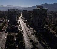 Chile aplaza elecciones de constituyentes para mayo