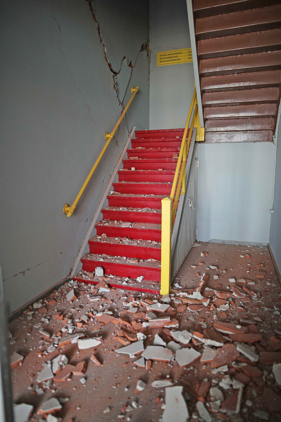 La foto muestra los daños severos que sufrió la estructura.