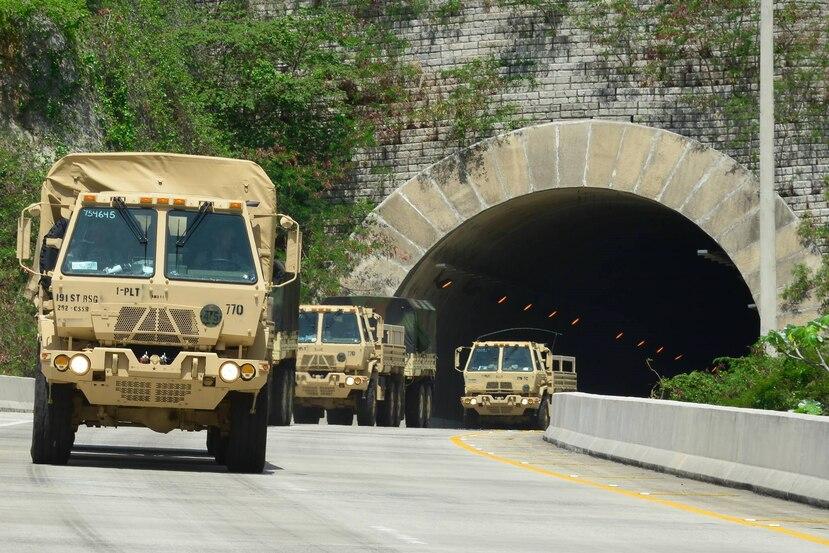 Se informó, además, que durante la tarde de ayer cientos de vehículos militares y plantas eléctricas recibieron combustible, mientras que los camiones cisterna militares fueron abastecidos de agua en previsión a la emergencia.   (Suministrada)