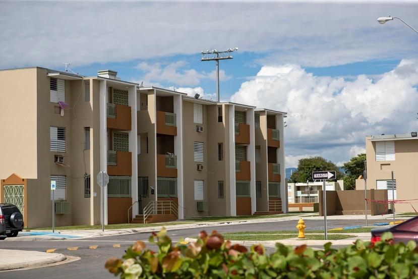 La empresa que administra el residencial dijo que la decisión de clausurar el complejo fue del Departamento de la Vivienda.