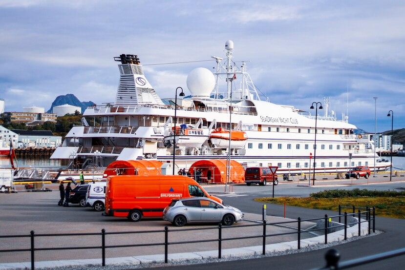El crucero SeaDream 1, atracado en Bodoe, Noruega, quedó en cuarentena por un caso de coronavirus.
