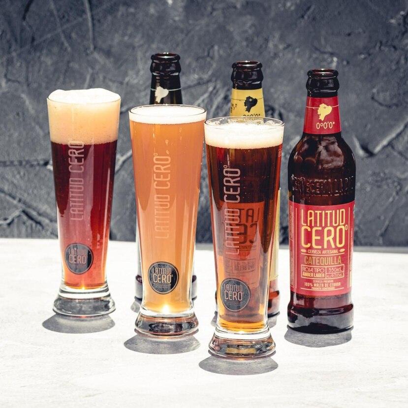 Las cervezas artesanales Latitud Cero, son confeccionadas en Ecuador con  materia prima de primera y tecnología que garantiza una calidad superior en cada botella.