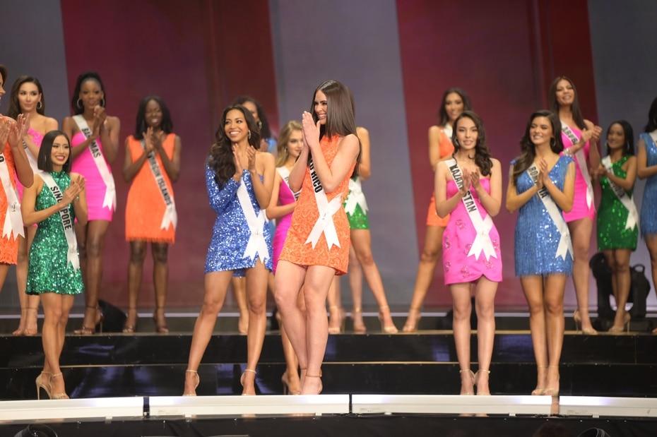 El momento en que anunciaron que la candidata puertorriqueña clasificó en el cuadro de semifinalistas de Miss Universe 2020.