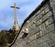 El monumento del Valle de los Caídos fue construido después de la Guerra Civil española por orden del general Franco, que ganó la contienda e impuso una dictadura. (EFE)