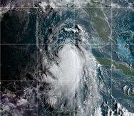 Imagen satelital que muestra al huracán Laura como categoría 1 este martes, 25 de agosto de 2020.