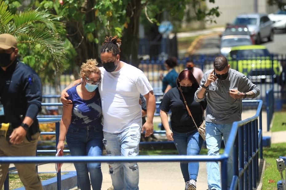 La familia de Keishla Rodríguez Ortiz compareció el sábado en horas de la mañana al Cuartel General de la Policía para una entrevista.