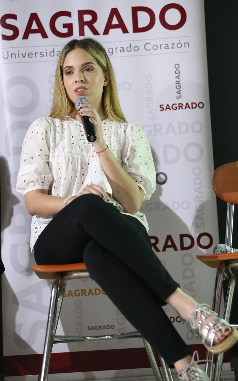 Elymarí Maldonado identificó otra lucha de un dragado en el Río Guayas, de Ecuador.