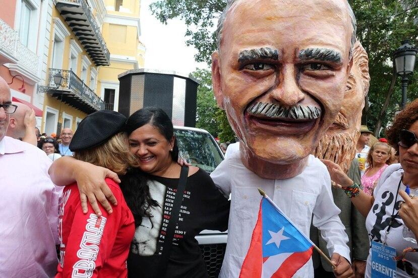 Una comparsa por la libertad de Oscar López Rivera se realizó en la edición del 2014 de las Fiestas de la calle San Sebastián. (Archivo GFR Media)