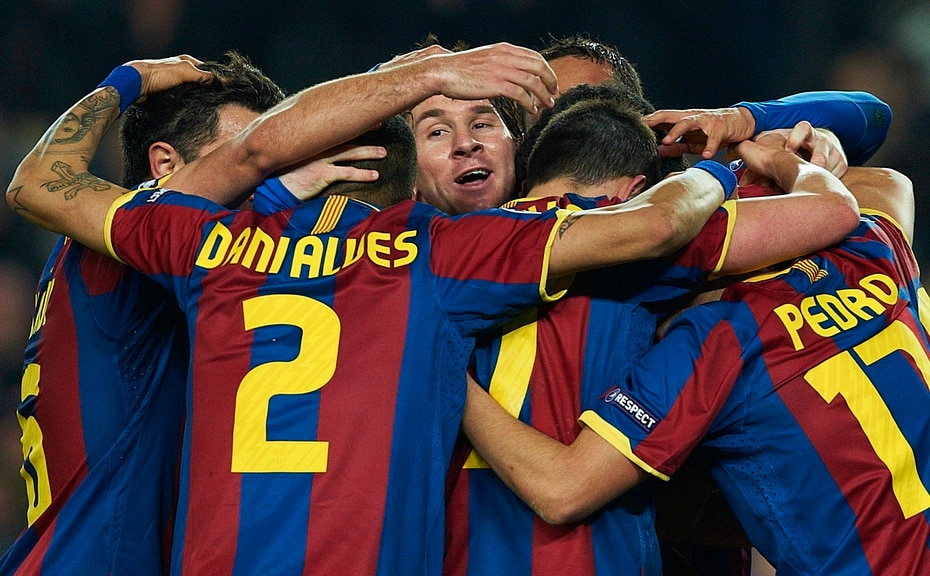 Messi se lleva consigo 35 títulos, incluidas cuatro ediciones de la Liga de Campeones, diez de la liga española, siete de la Copa del Rey y ocho de la Supercopa española.