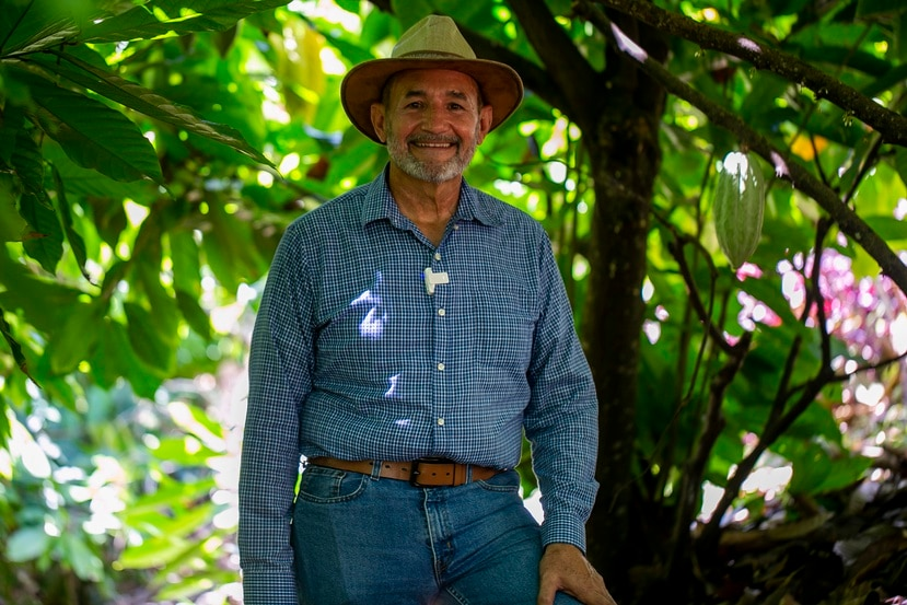 Juan Echevarria, fundador de Jeanmarie Chocolat, en Aguada, combinó su amor por la agricultura con sus conocimientos en mercado internacional para dar forma a un sueño de familia.   En la foto: Juan Echevarria  Xavier Garcia / Fotoperiodista