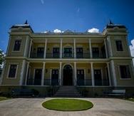 Esta residencia se convirtió en el Museo Palacete Los Moreau, en honor a la obra del escritor mocano, cuyos restos descansan en el patio de la hacienda.