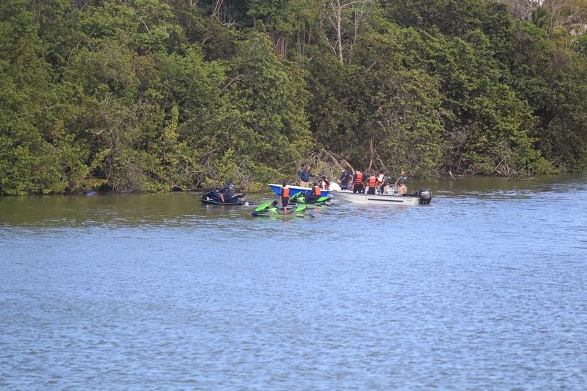En medio de la búsqueda de la joven Keishla Rodríguez Ortiz, las autoridades encontraron el sábado el cuerpo de un mujer  en la laguna San José.