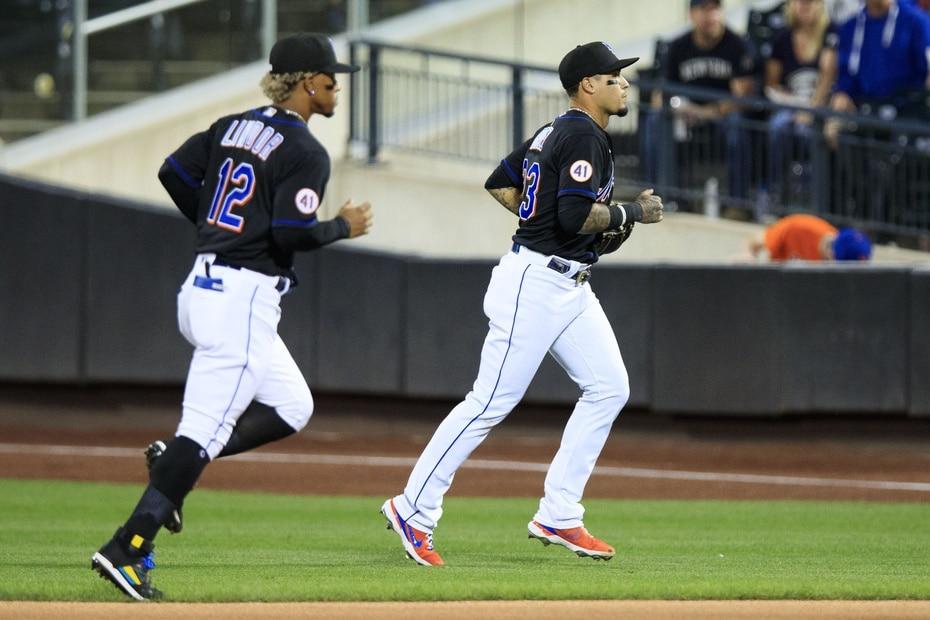 """El lente de El Nuevo Día captó a los boricuas Francisco Lindor y Javier Báez jugando juntos para los Mets en el inicio de la """"subway series"""" contra los Yankees en el Citi Field. los Mets ganaron el partido 10-3."""